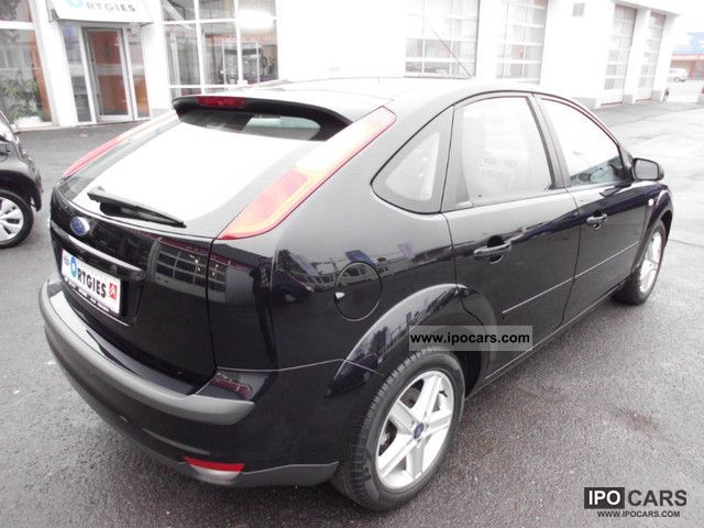 2006 ford focus 1 6 connection car photo and specs. Black Bedroom Furniture Sets. Home Design Ideas