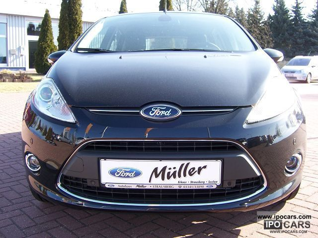 2012 Ford  Fiesta 1.4 Titanium (EURO 5) Limousine Pre-Registration photo