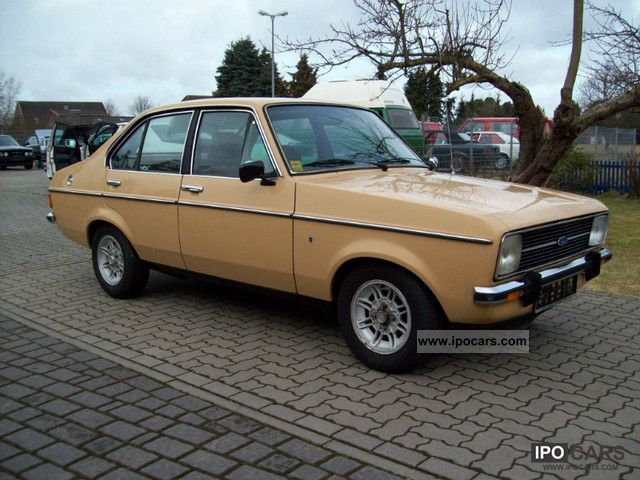 1978 Ford  Escort Ghia 1.6 1.Hand top condition Limousine Classic Vehicle photo
