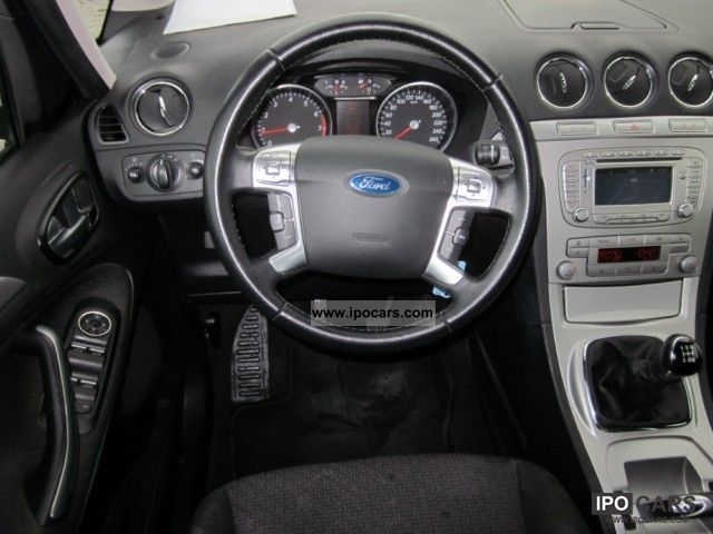 ford galaxy  trend car photo  specs