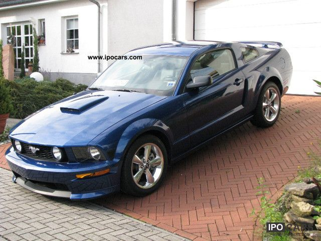 2008 Ford  2008er Premium GT California Special Sports car/Coupe Used vehicle photo