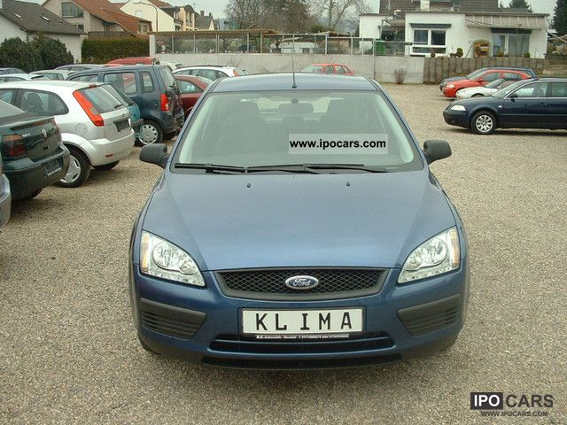 2006 Ford  Focus 1.4 16V Ambiente AIR Limousine Used vehicle photo