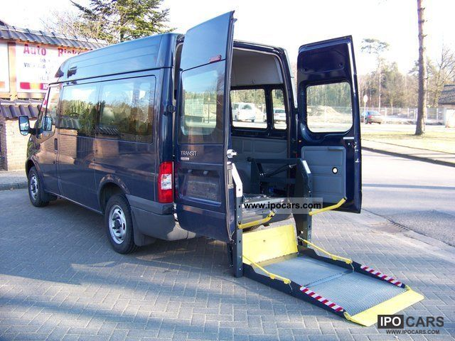 2010 Ford  300 S Transit wheelchair lift, heater Estate Car Used vehicle photo