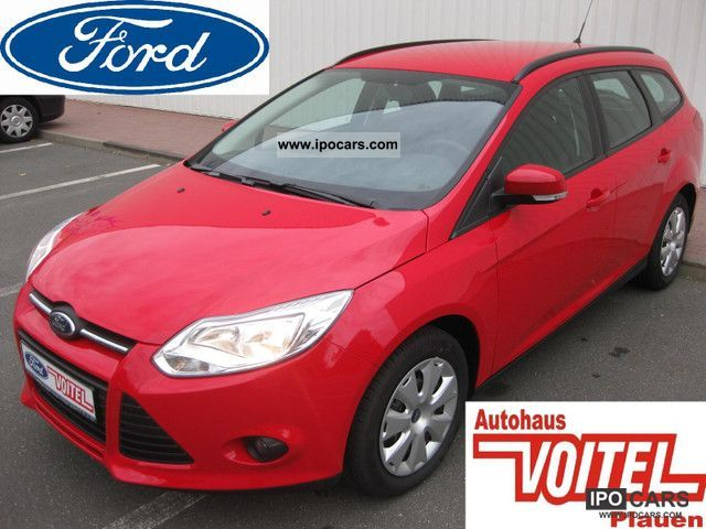 2012 Ford  Focus 1.6 front window heating air Estate Car Pre-Registration photo