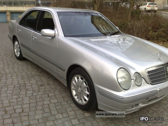 2001 mercedes benz e 220 cdi elegance air 1 hand scheckheftgep car photo and specs. Black Bedroom Furniture Sets. Home Design Ideas