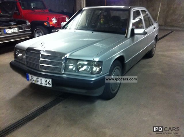 1990 Mercedes-Benz  190 E Limousine Used vehicle photo