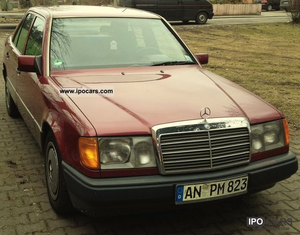 1989 Mercedes-Benz  200 Limousine Used vehicle photo