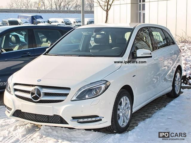 2012 mercedes benz b 180 cdi be driving school park for Mercedes benz assist