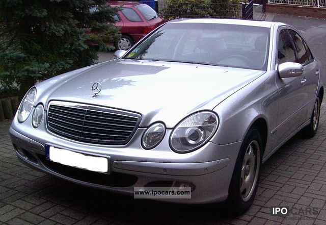 2003 mercedes benz e 220 cdi automatic classic car photo and specs. Black Bedroom Furniture Sets. Home Design Ideas