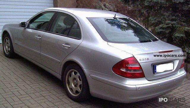 2003 Mercedes Benz E 220 Cdi Automatic Classic Car Photo