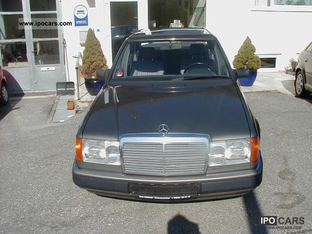 1992 Mercedes-Benz  200 D Limousine Used vehicle photo