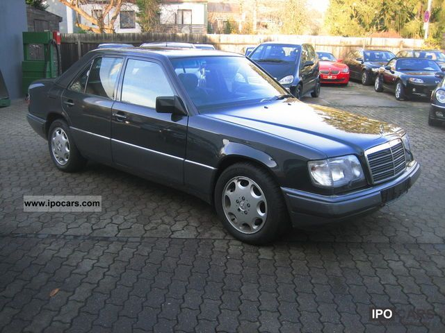 1995 Mercedes-Benz  E 420, 1 Hand, surprisingly state Limousine Used vehicle photo