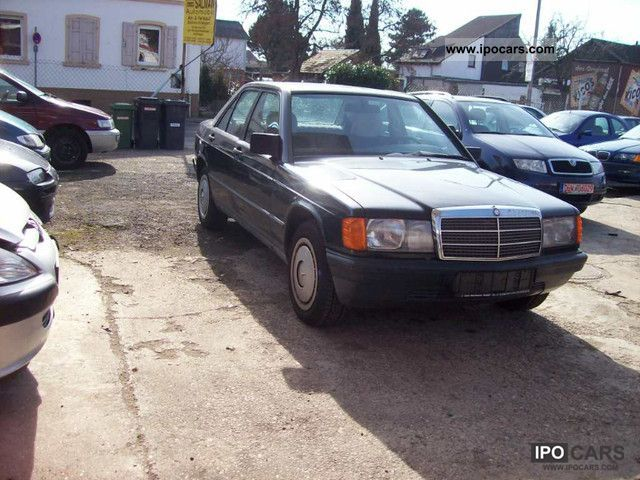 1986 Mercedes-Benz  190 E Limousine Used vehicle photo