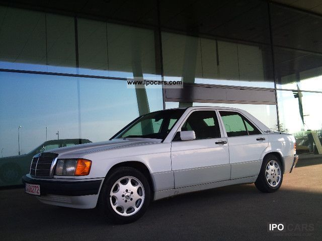 1991 Mercedes-Benz  190 E 2.0Li, euro2, well maintained, 5Gang! Limousine Used vehicle photo