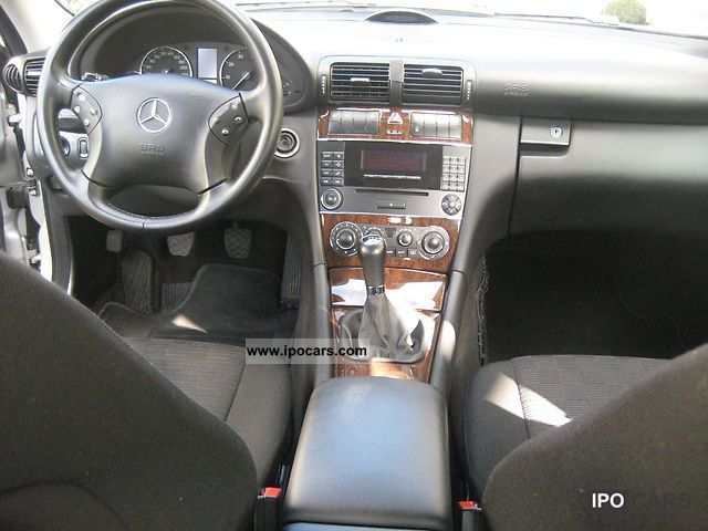 2005 mercedes-benz c 180 kompressor classic - car photo and specs