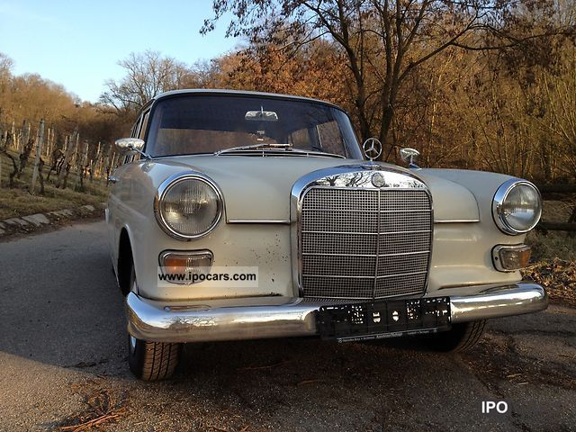 Mercedes-Benz  230 1966 Vintage, Classic and Old Cars photo