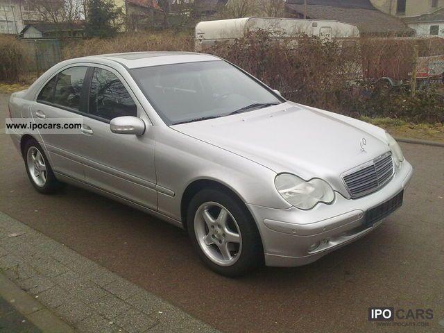 2001 mercedes benz c 240 classic car photo and specs for Mercedes benz c 240