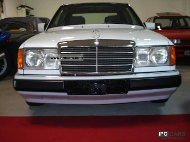 1990 Mercedes-Benz  200 E \ Limousine Used vehicle photo