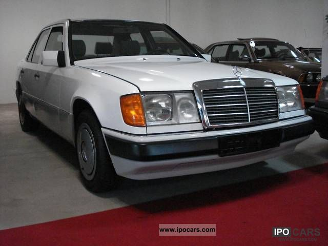 1990 mercedes benz 200 e car photo and specs. Black Bedroom Furniture Sets. Home Design Ideas