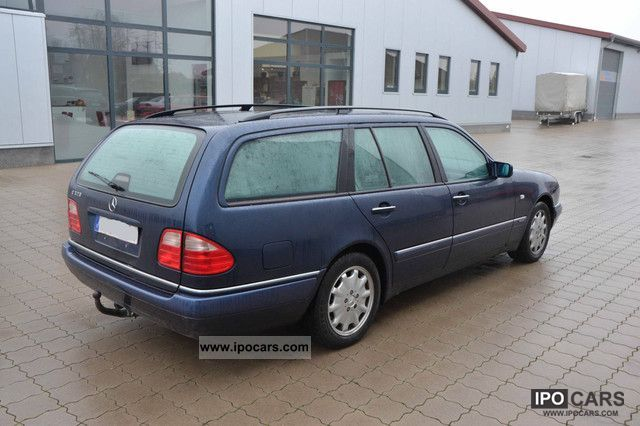 1998 mercedes benz t e 320 elegance 7 seater fixed price for Mercedes benz 320 price