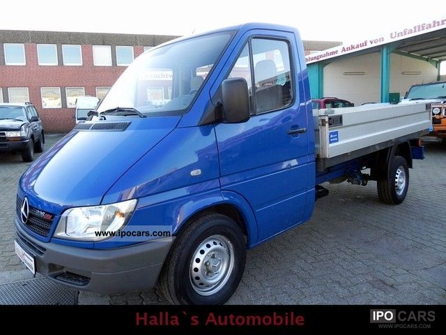 2004 Mercedes Benz 208 Cdi Sprinter Flatbed Truck 1