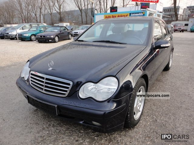 2002 Mercedes-Benz  ~ ~ C 180 saloon automatic transmission only ~ 139 tkm Limousine Used vehicle photo