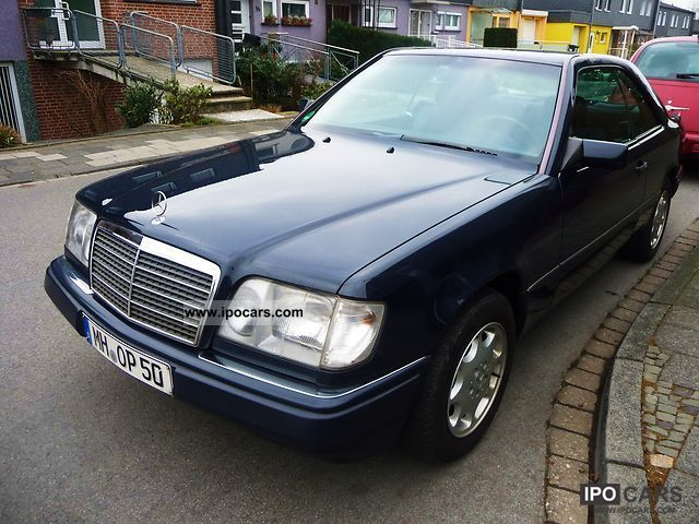 1995 mercedes benz e 200 c car photo and specs. Black Bedroom Furniture Sets. Home Design Ideas