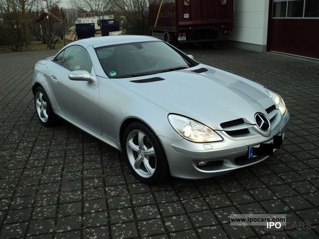 2006 mercedes benz slk 200 k auto top zstd scheckh leather climate car photo and specs. Black Bedroom Furniture Sets. Home Design Ideas