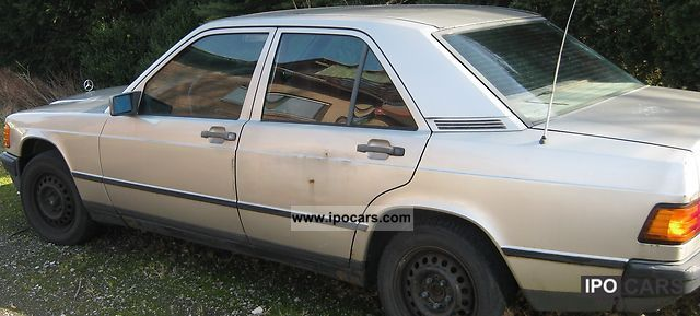 1984 Mercedes-Benz  190 E Limousine Used vehicle photo