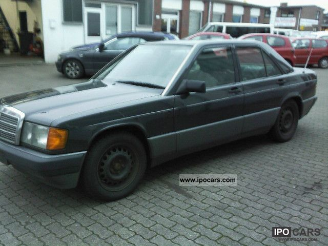 1991 Mercedes-Benz  190 E Limousine Used vehicle photo