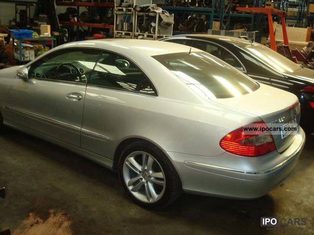 2008 mercedes benz clk 220 car photo and specs. Black Bedroom Furniture Sets. Home Design Ideas
