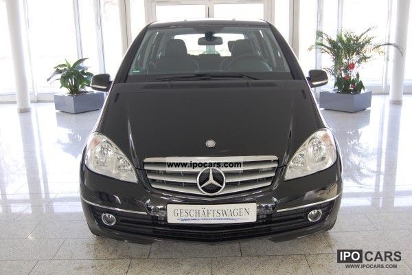 2011 Mercedes-Benz  A 180 Limousine Used vehicle photo