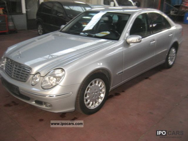 2005 mercedes benz e 270 cdi elegance leather vision automaat car photo and specs. Black Bedroom Furniture Sets. Home Design Ideas
