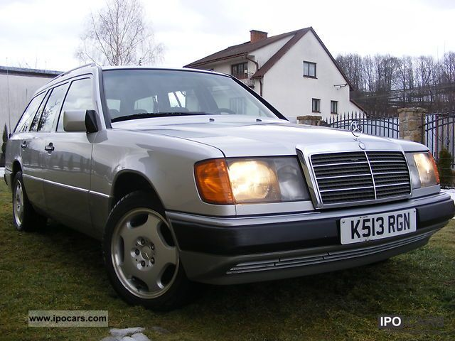 1993 Mercedes-Benz  E 300 Estate Car Used vehicle photo
