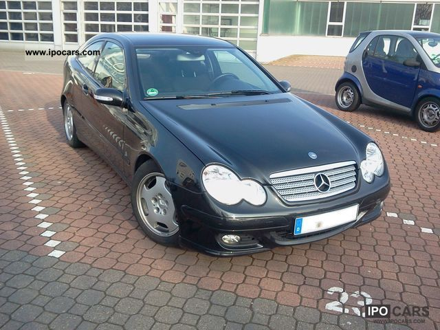 2005 Mercedes-Benz  C 180 Kompressor Sports Coupe Sports car/Coupe Used vehicle photo