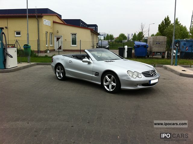 2004 mercedes benz sl 500 car photo and specs. Black Bedroom Furniture Sets. Home Design Ideas