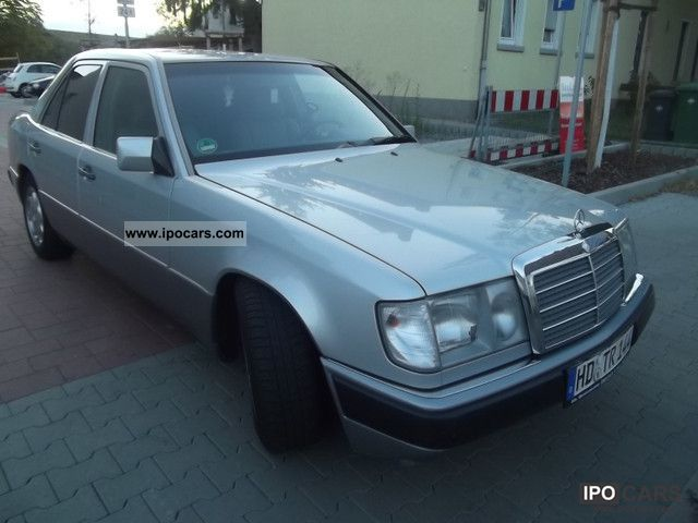 1993 Mercedes-Benz  200 E Limousine Used vehicle photo