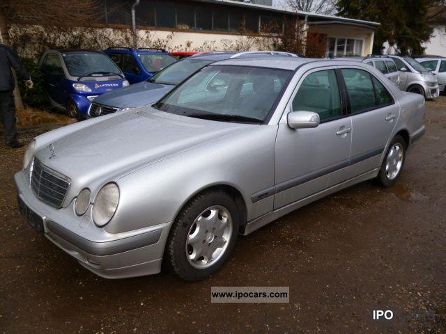 2000 mercedes benz e 320 cdi classic car photo and specs for Mercedes benz e 320 cdi