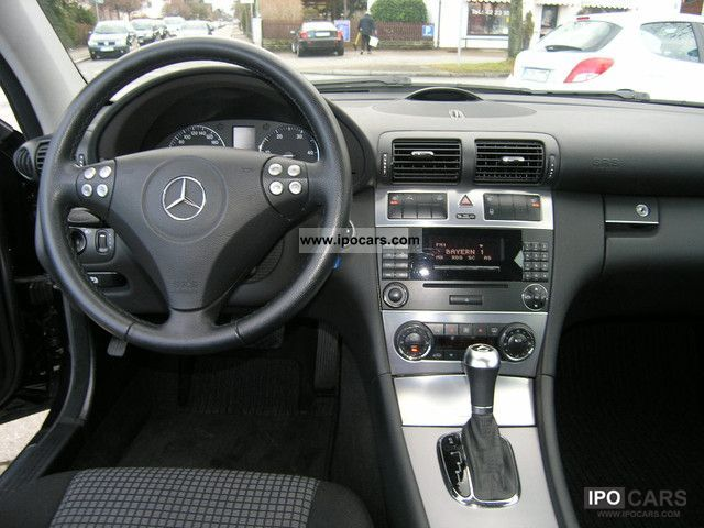 2005 mercedes benz c 220 cdi sports coupe auto dpf car photo and specs. Black Bedroom Furniture Sets. Home Design Ideas