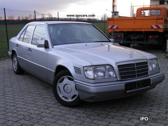 1994 mercedes benz e 250 d automatic air ssd cd apc car photo and specs. Black Bedroom Furniture Sets. Home Design Ideas