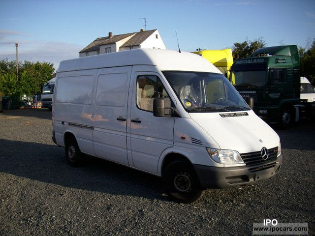 2001 mercedes benz 313 cdi sprinter car photo and specs. Black Bedroom Furniture Sets. Home Design Ideas