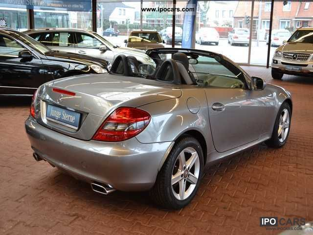 2010 mercedes benz slk 300 automatic airscarf parktronic car photo and specs. Black Bedroom Furniture Sets. Home Design Ideas