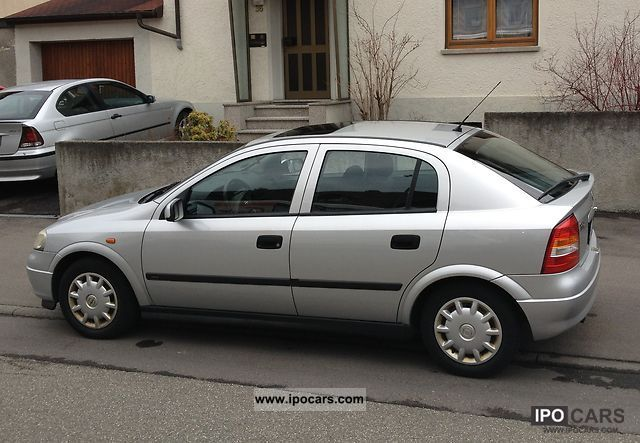 1998 Opel  Astra G Small Car Used vehicle photo
