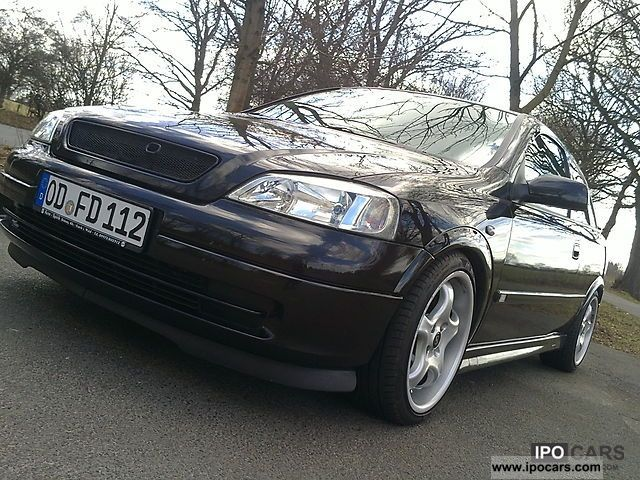 2000 Opel  Astra 1.6 16v Sport Limousine Used vehicle photo
