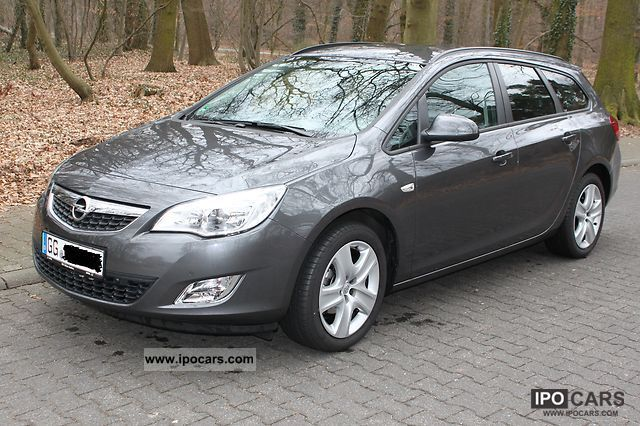 ... Opel Astra 1.4 Turbo Sports Tourer Design Edition 2011 Employeeu0027s Car  Photo