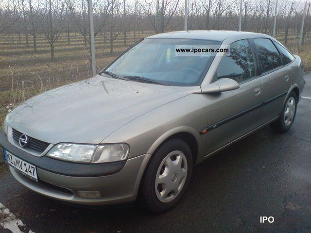 1996 Opel  Vectra 2.0 Comfort Limousine Used vehicle photo