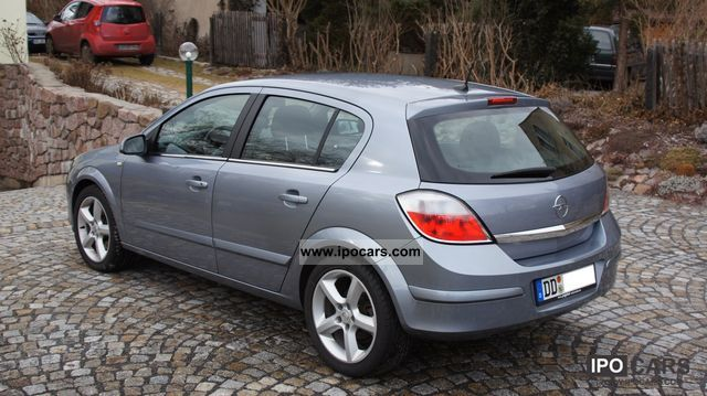 2004 opel astra 1 9 cdti cosmo car photo and specs. Black Bedroom Furniture Sets. Home Design Ideas
