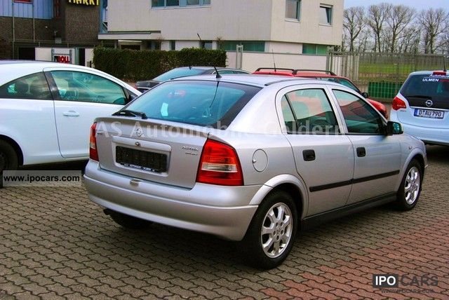 2001 opel astra 2 0 dti elegance 4 door air clean car photo and specs. Black Bedroom Furniture Sets. Home Design Ideas