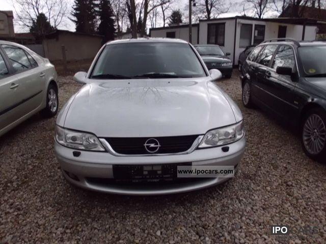 2000 Opel  Astra 2.0 Sport Sunroof Xenon checkbook Limousine Used vehicle photo