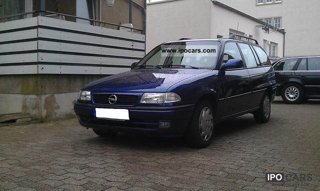 1997 Opel  , Excellent condition \ Estate Car Used vehicle photo
